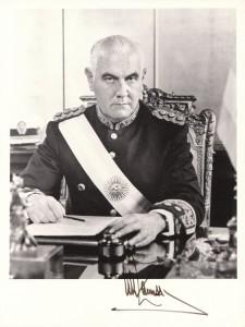 Argentia President Alejandro Agustín Lanusse Signature