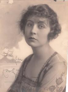 Dorothy Dalton Autograph